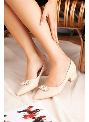 Limoya  Vizon Taşlı Kısa Topuklu Ayakkabı Ten